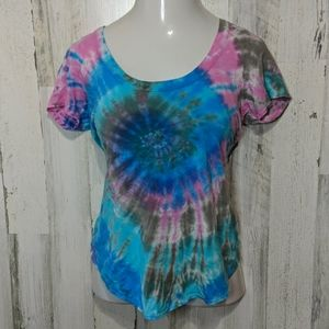CHASER Tie-dye Open Back Lattice Web NEW Tee Small